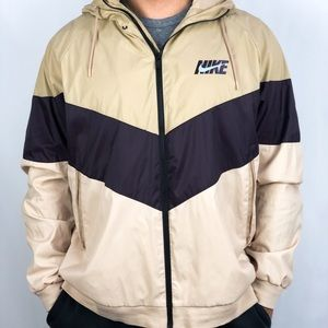 Nike Men's Sportswear Windrunner Jacket Size XL